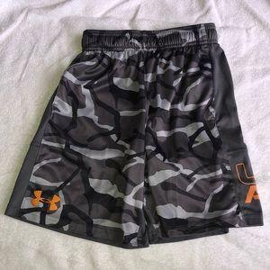 Under Armour Boy Shorts - Size YSM Loose